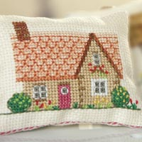 holly-hawthorn_mini cushion_cross-stitch kit