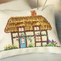 mrs-poppy_mini cushion_cross-stitch kit