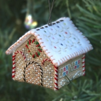 snowdrift-cottage_3D cross-stitch kit